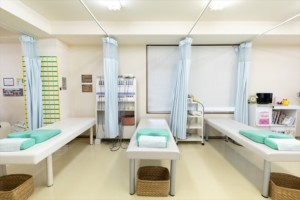 上戸祭整骨院施術スペース